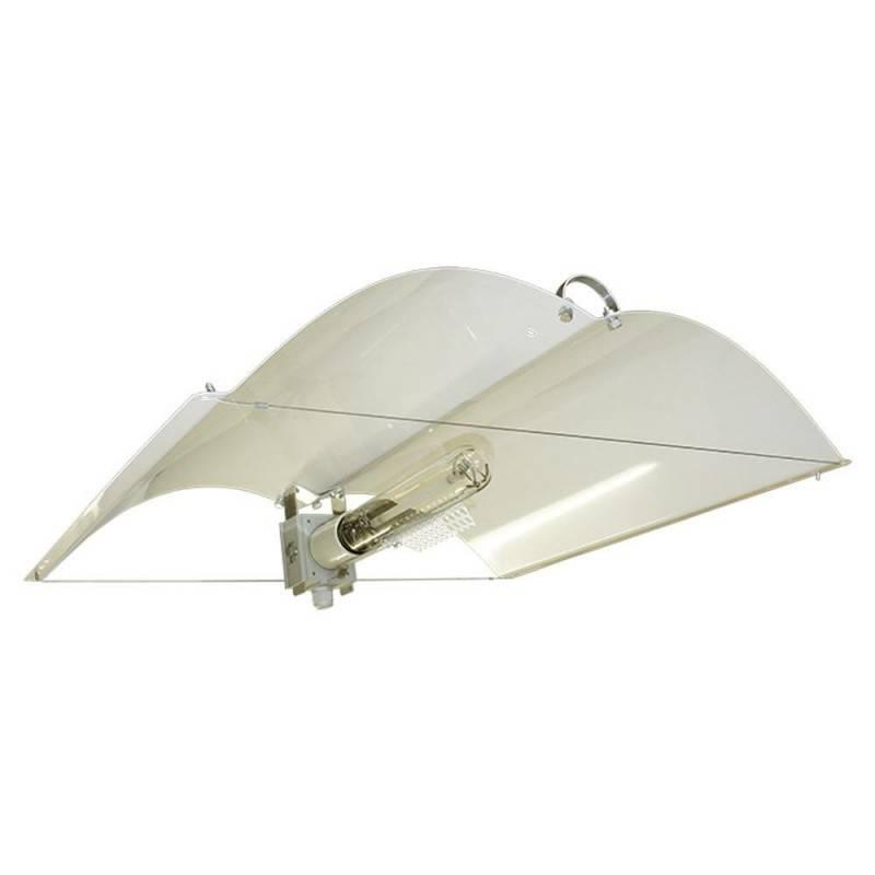 Adjust-A-Wing Defender Medium 70x55cm + casquillo